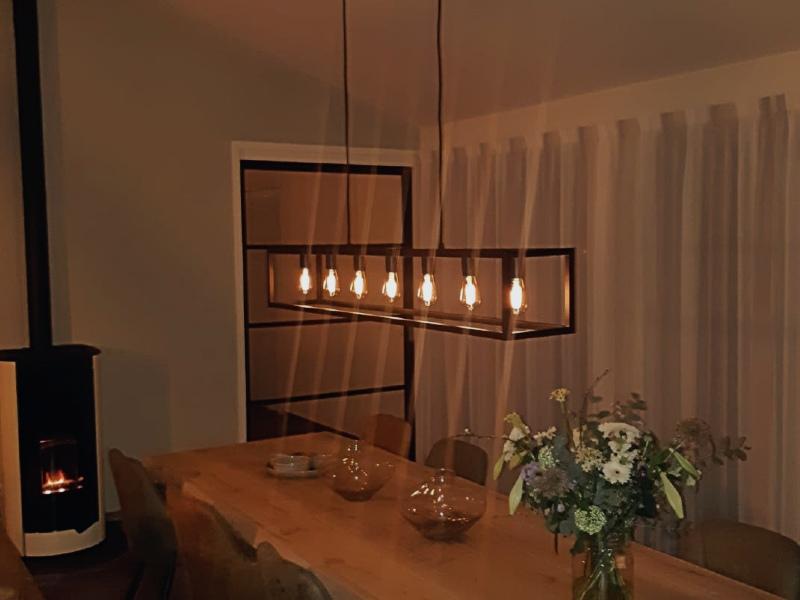 Hanglamp 7 lichts led, hoge ruimtes verlichting, strak design